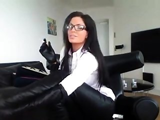Milf In Glasses Smoking In Glum Tweeny