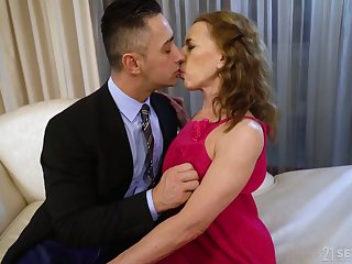Whorable mature lady in pink rags Viol is fucked doggy rather hard