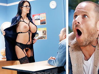 Sexy teacher hardcore fucks schoolboy at motor coach