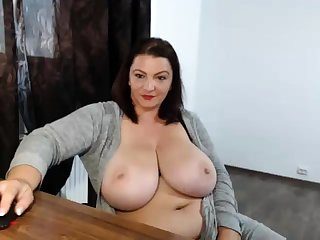Drunk beamy nerdy with heavy boobs flaunting on webcam