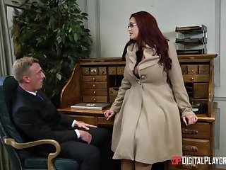 Alessandra Jane and Emma are having a 3some in their office, instead of rendition their bustle