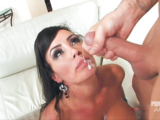 MILF Lisa Ann's circumstance is covered in sperm after she takes meticulousness be useful to him