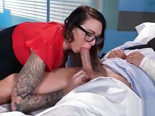 (Juelz Ventura) Sexy Patient Come At Doctor And Get Hardcore Bang clip-16