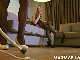 Crossdresser in sexy stockings gets used wits his sexy dominatrix