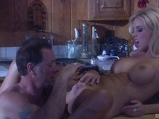 Blonde become man Brittney Skye with amazing body fucked in the kitchen